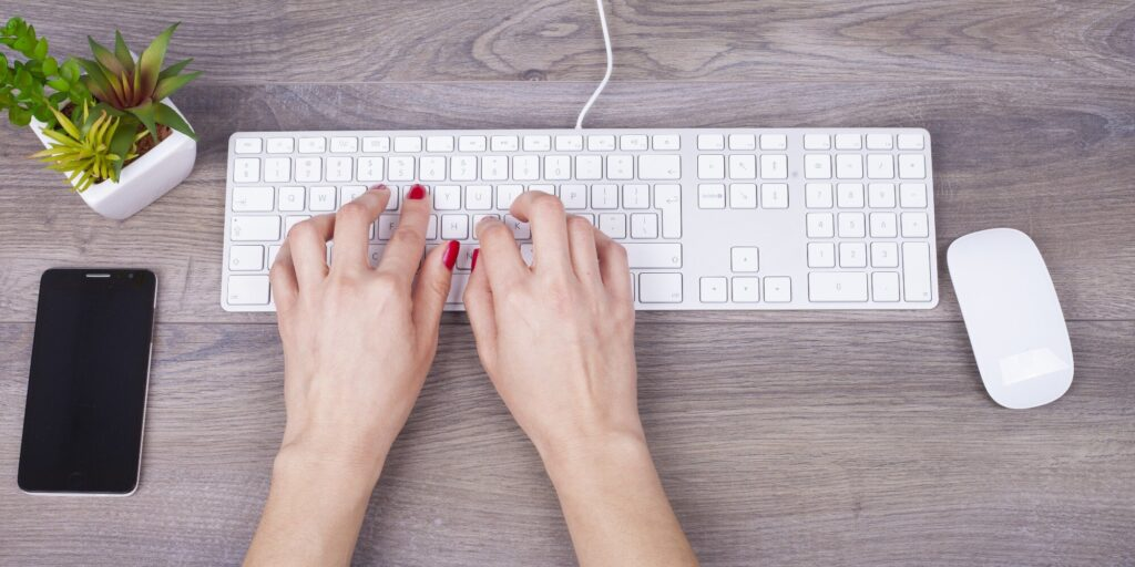 How to learn to type quickly on a keyboard